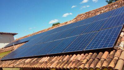Energia solar em telhado Brumado